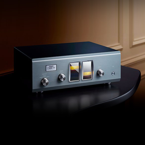 Air Tight ATE-3011 Reference Phono Equalizer