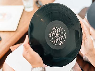 Handling records