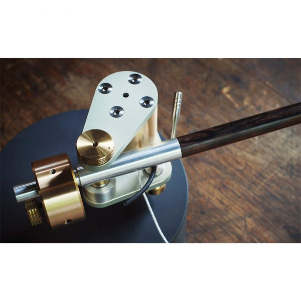 Schröder Reference Torsion/Magnet Bearing Type Reference Tonearm