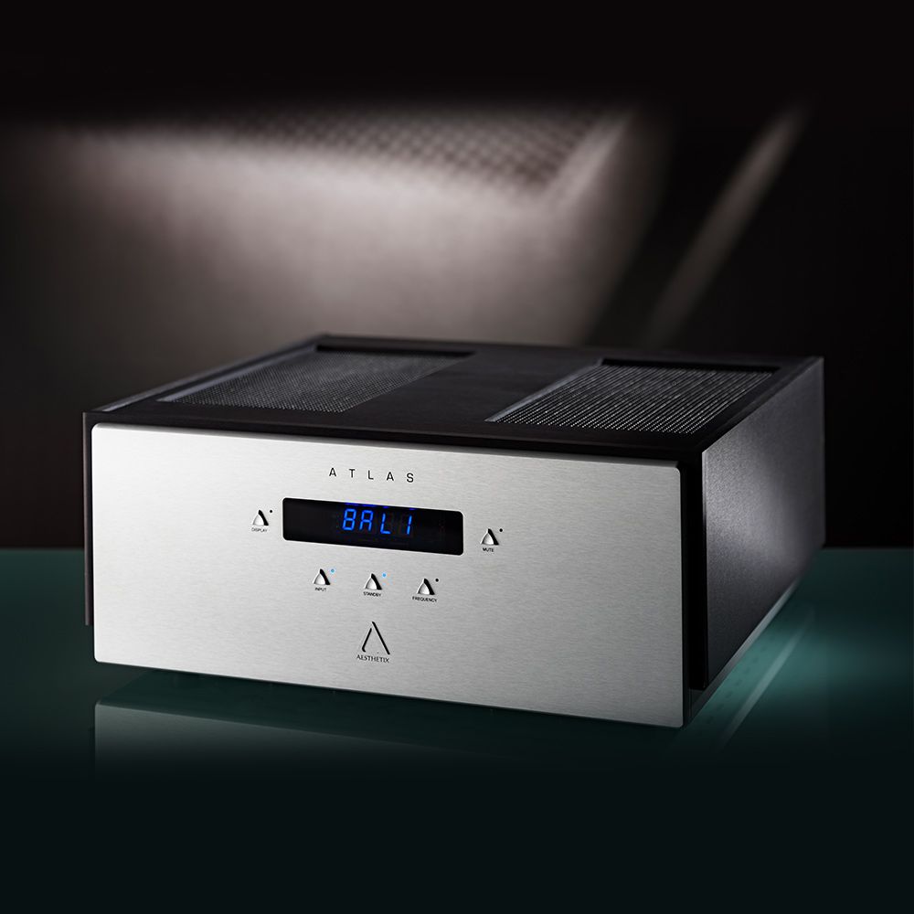Aesthetix Atlas Stereo Saturn Series 200W Stereo Power Amplifier
